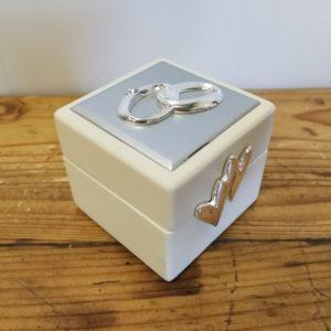 STO174 sõrmusekarp