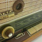 STO98 raadio